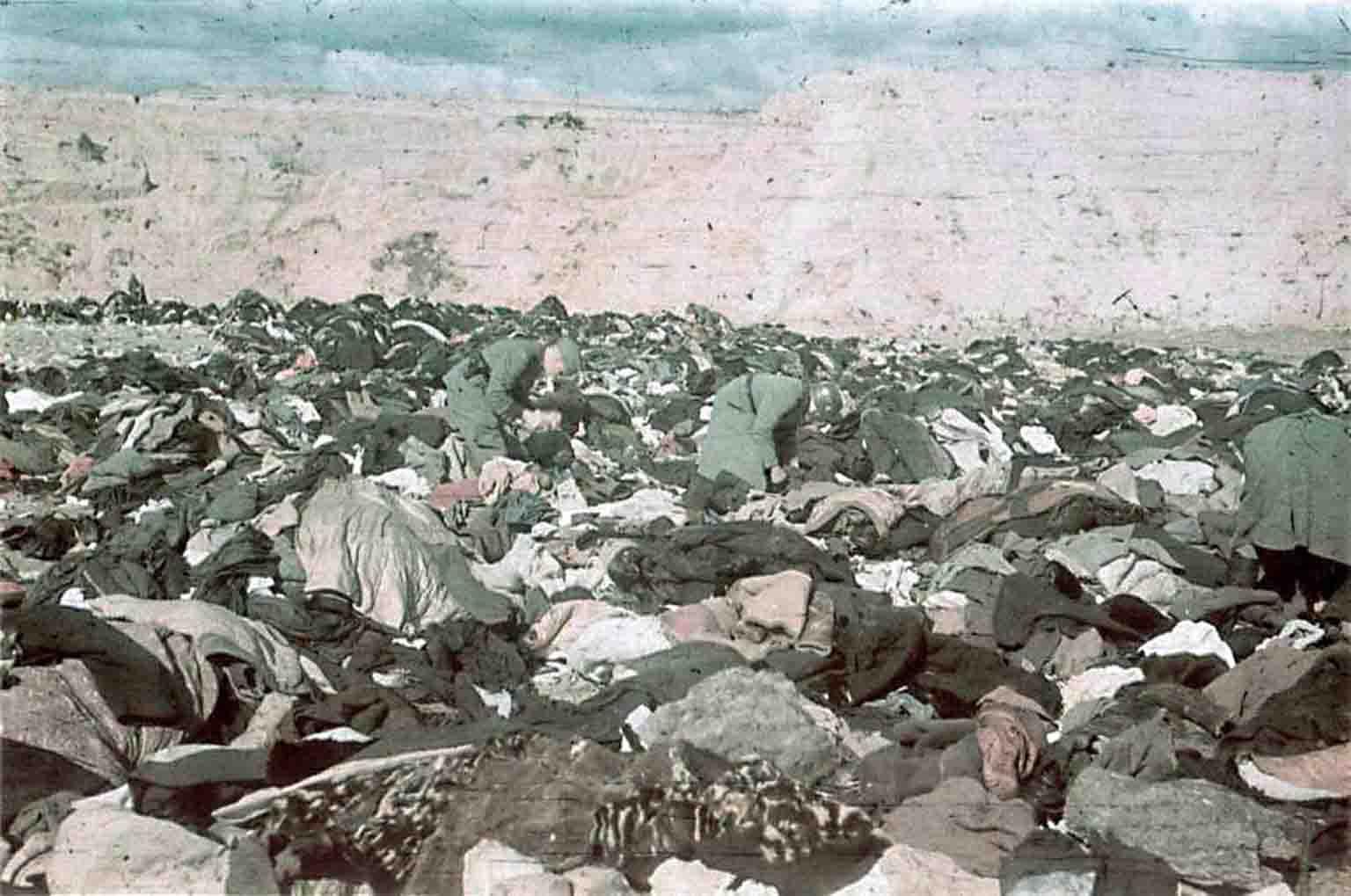 Soldiers from Einsatzgruppe