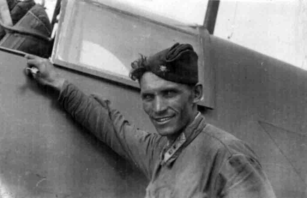 technician-lieutenant Molodetsky