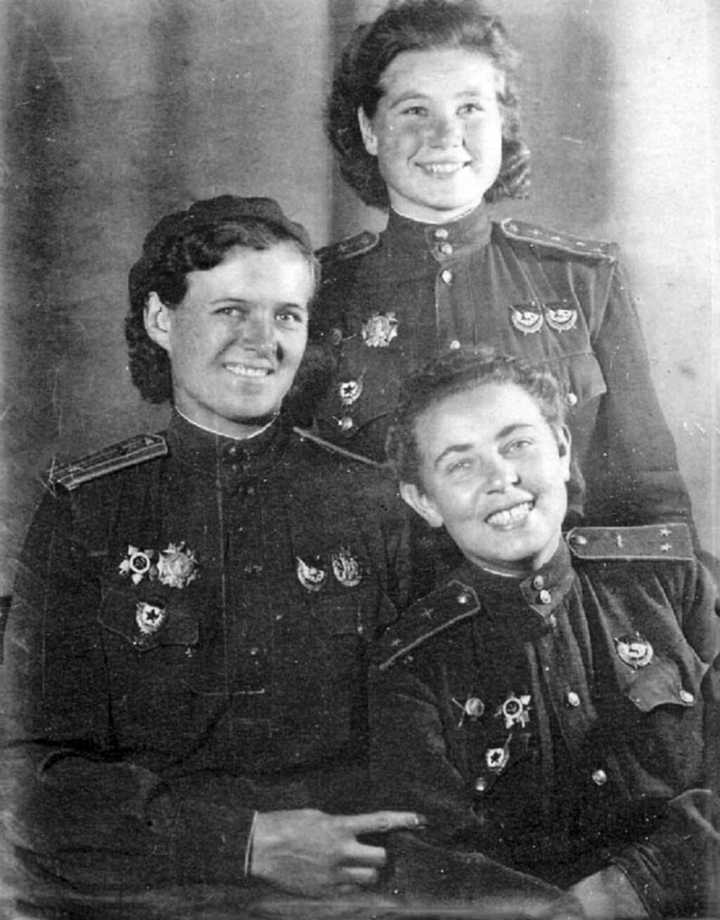 Evdokia Bershanskaya, Maria Smirnova, Polina Gelman
