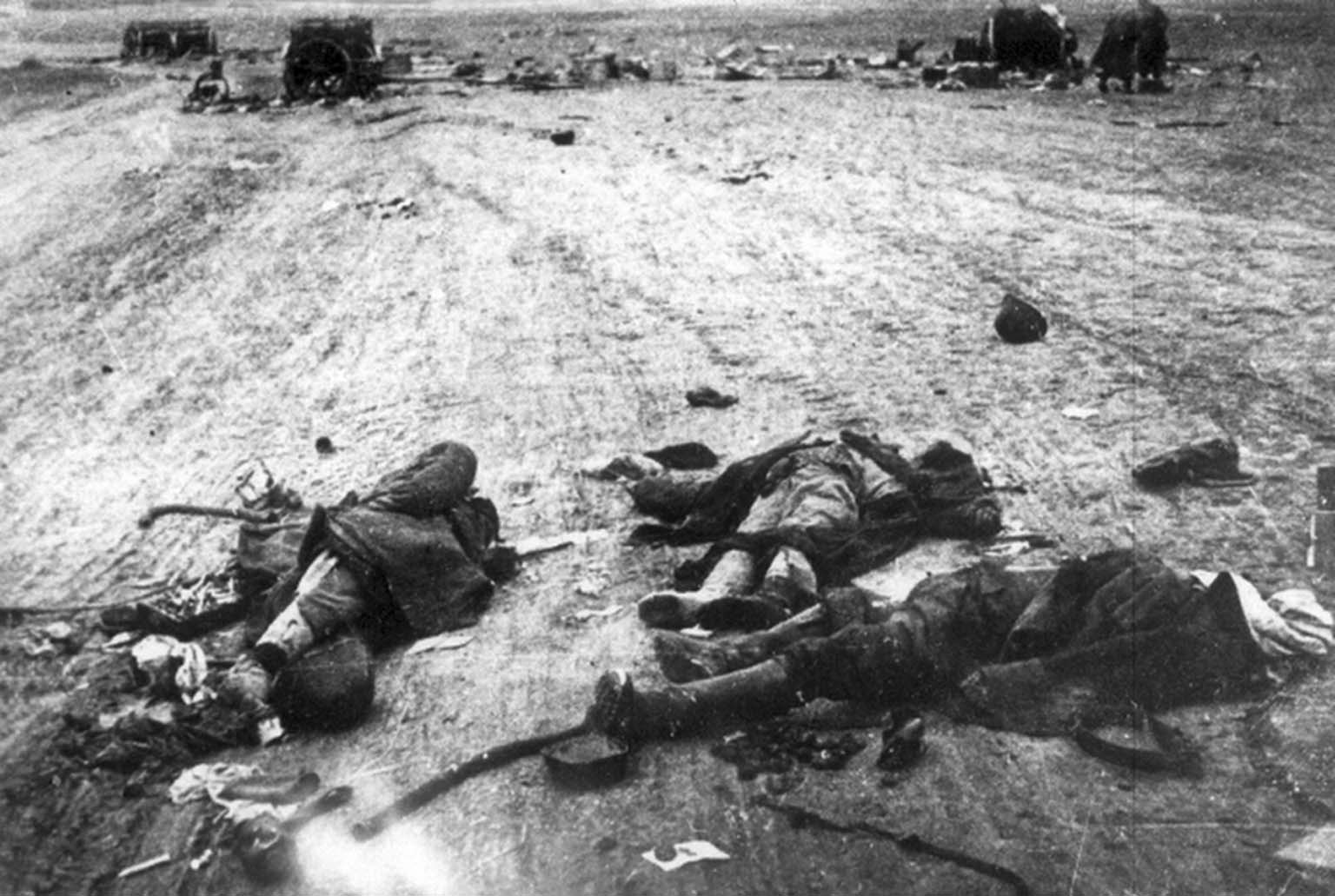 Corpses of Romanian soldiers