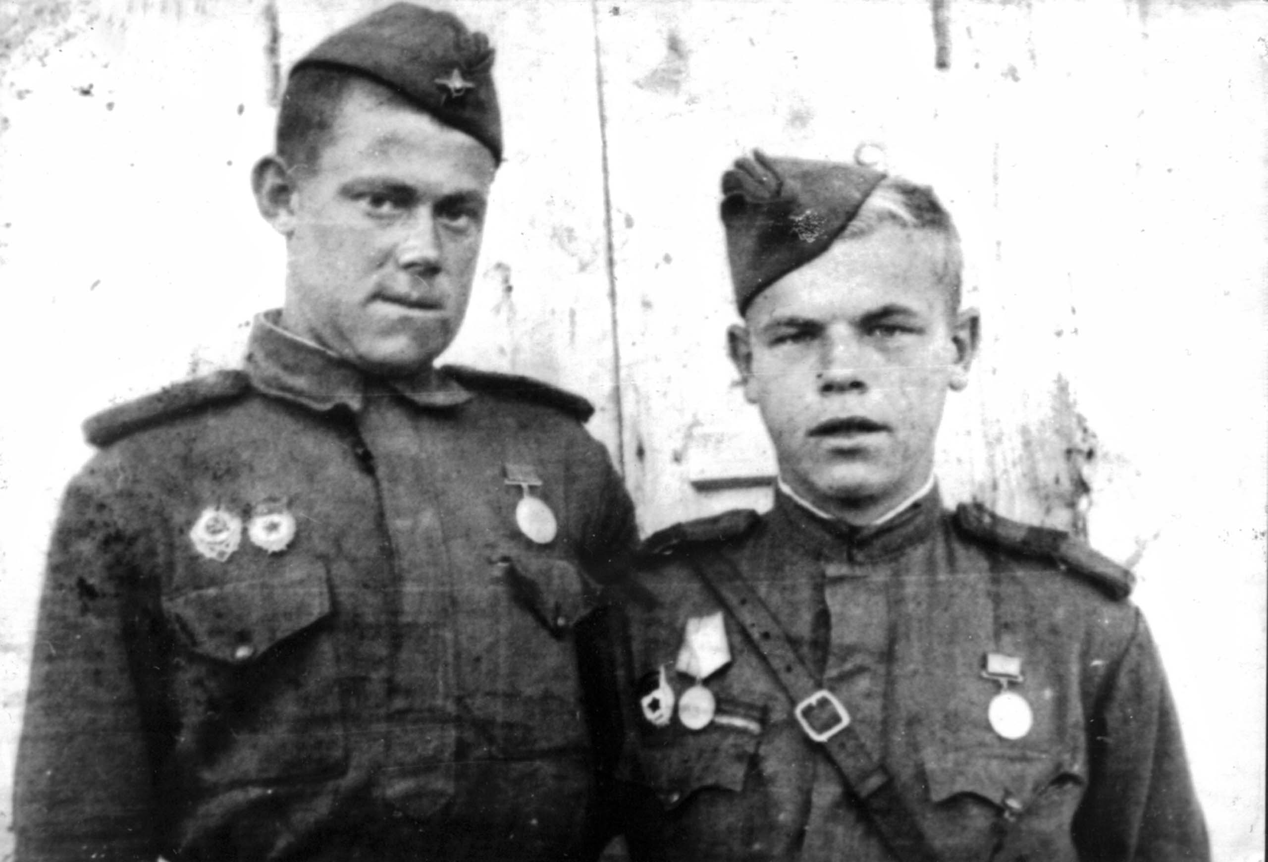 Scouts from the 27th Guards Rifle Division