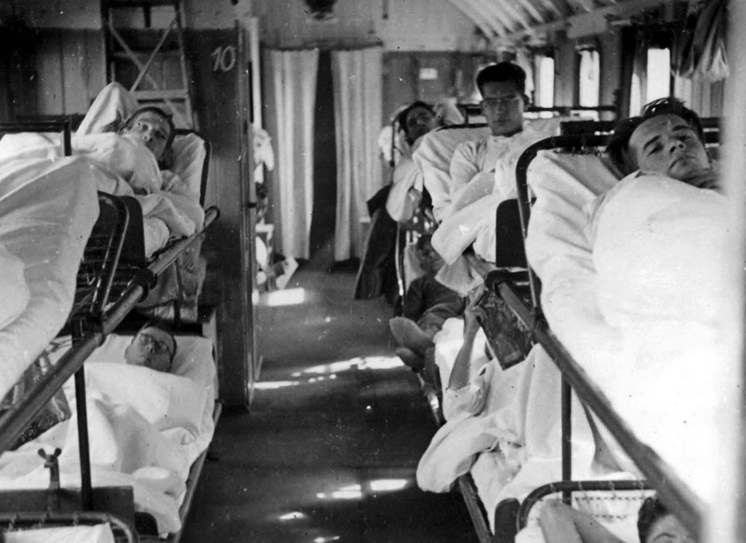 Wounded German soldiers