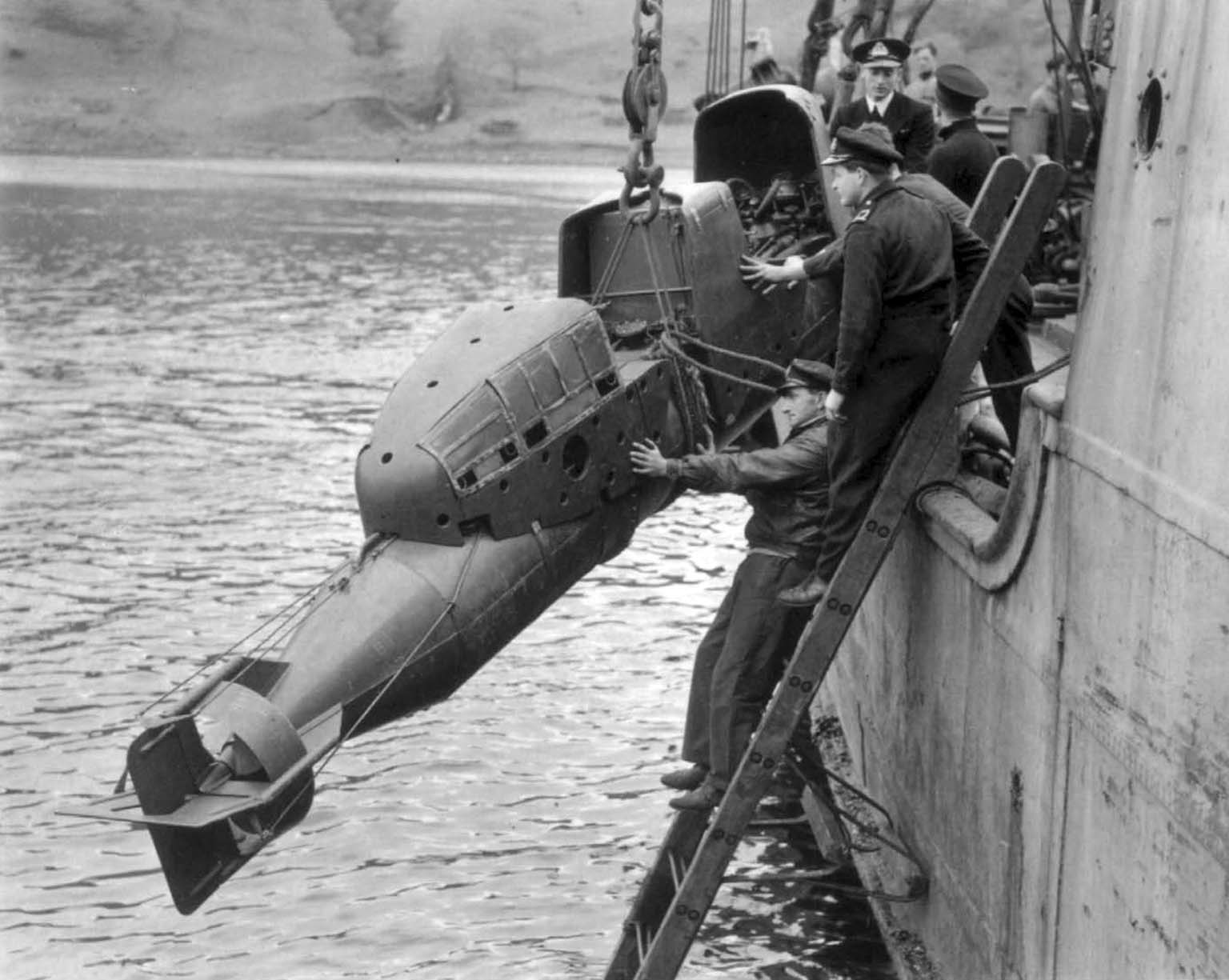 miniature submarine