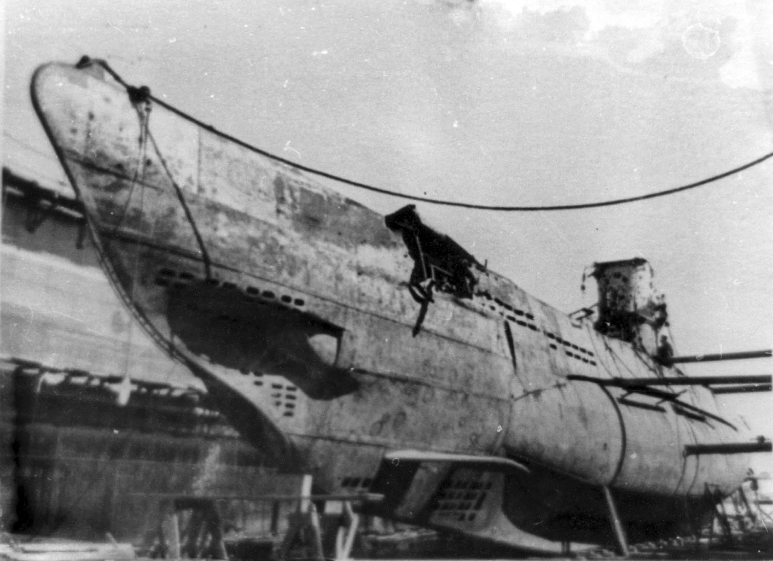 submarine U-9