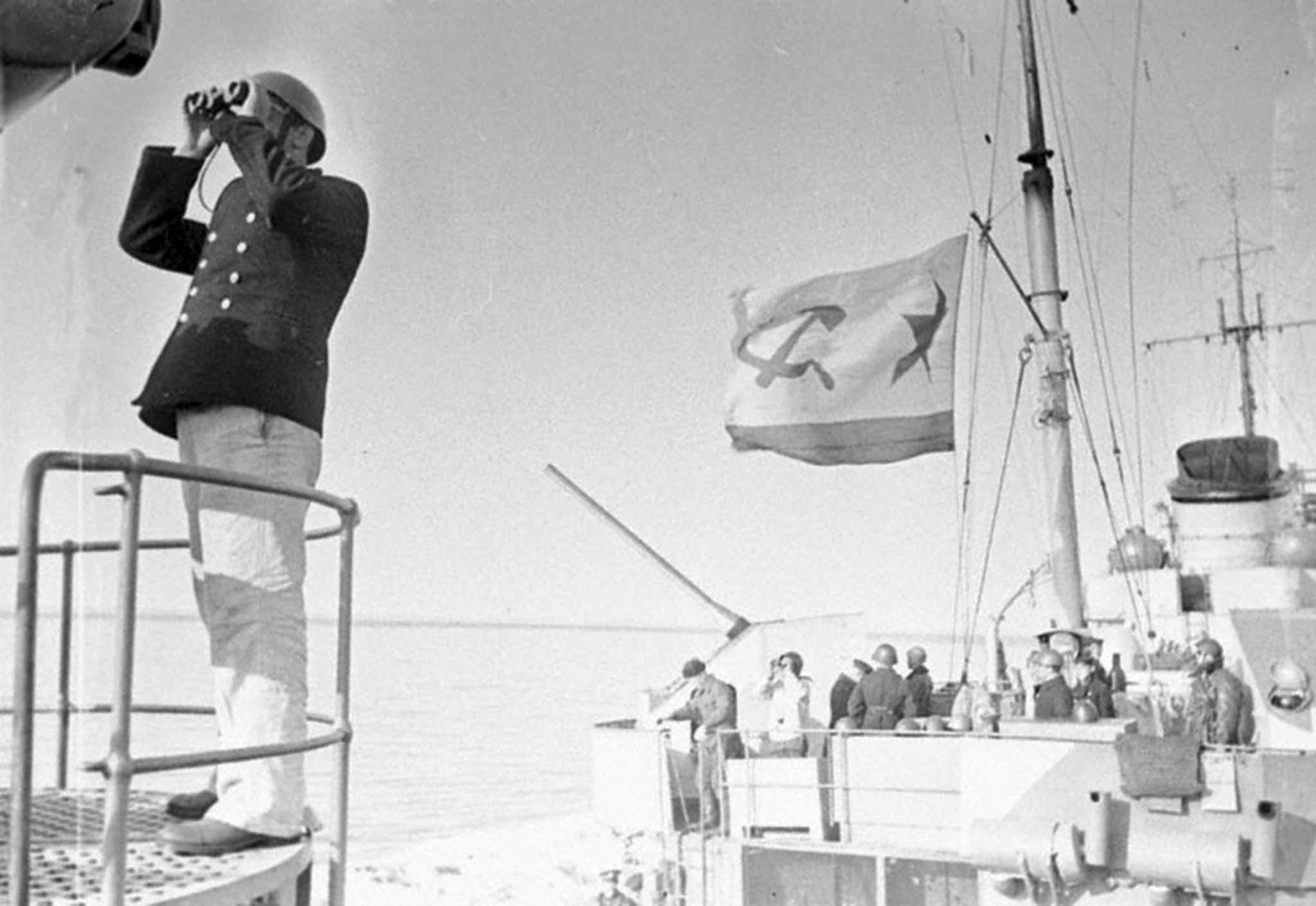 Soviet sailors