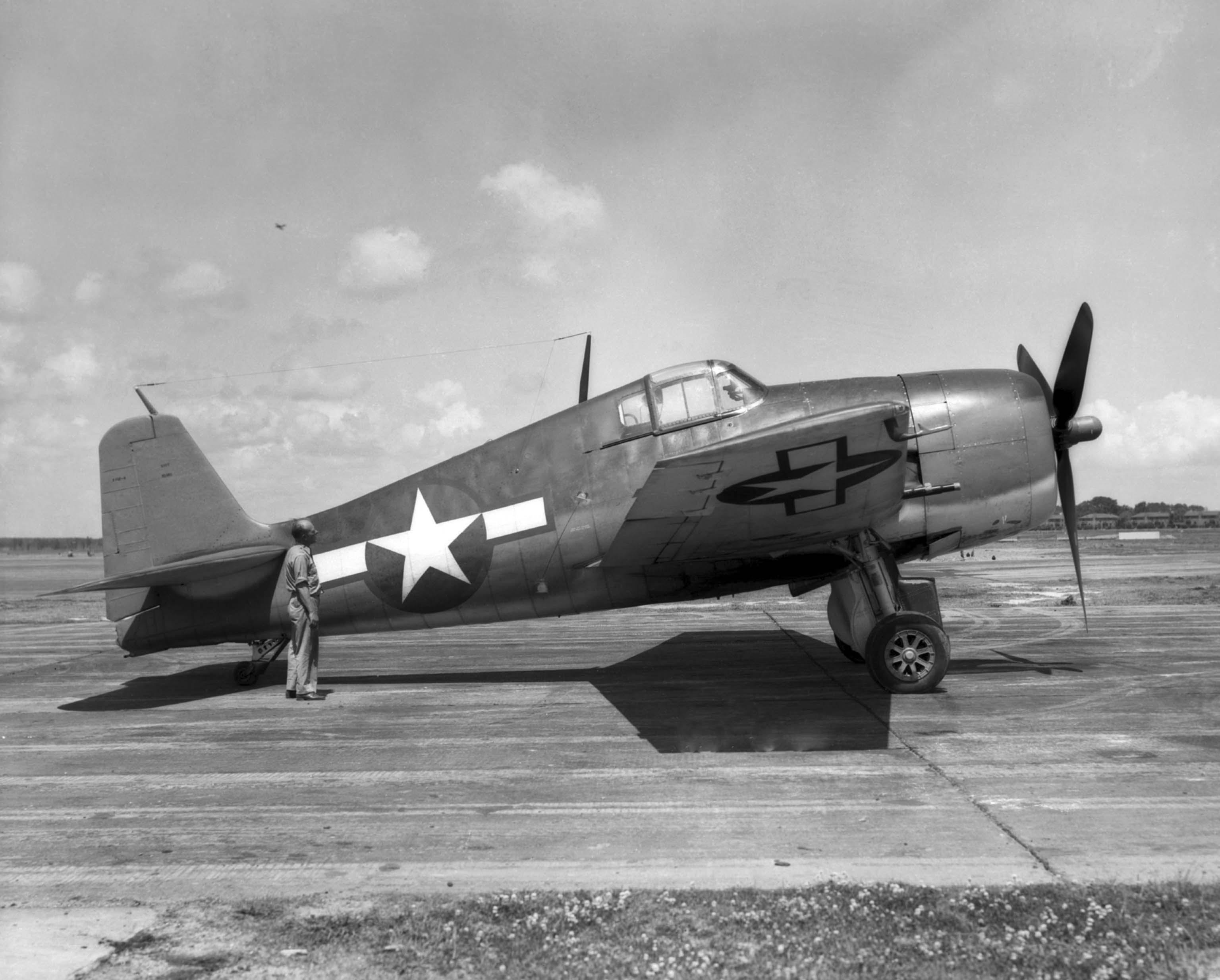 Grumman XF6F-4 Hellcat