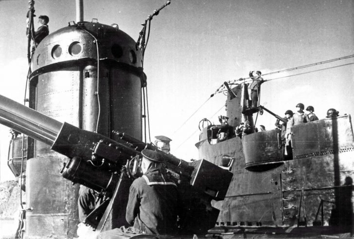 Soviet submariners