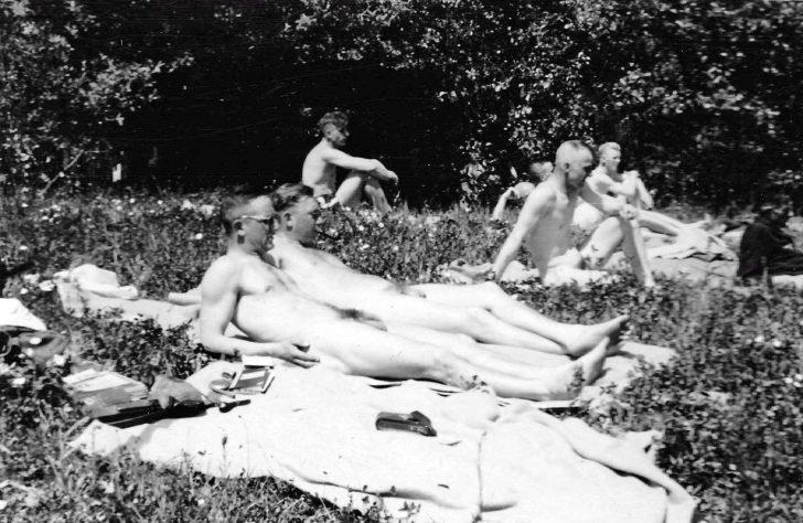 Naked Nazis