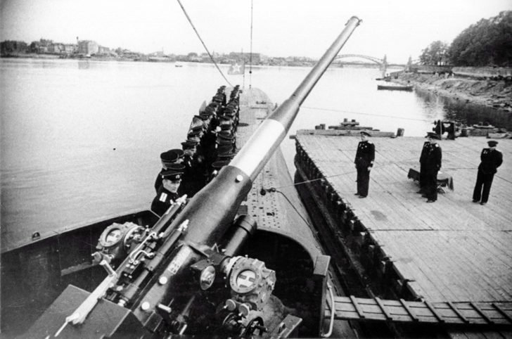submarine K-52