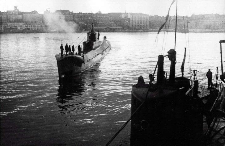 submarine K-56