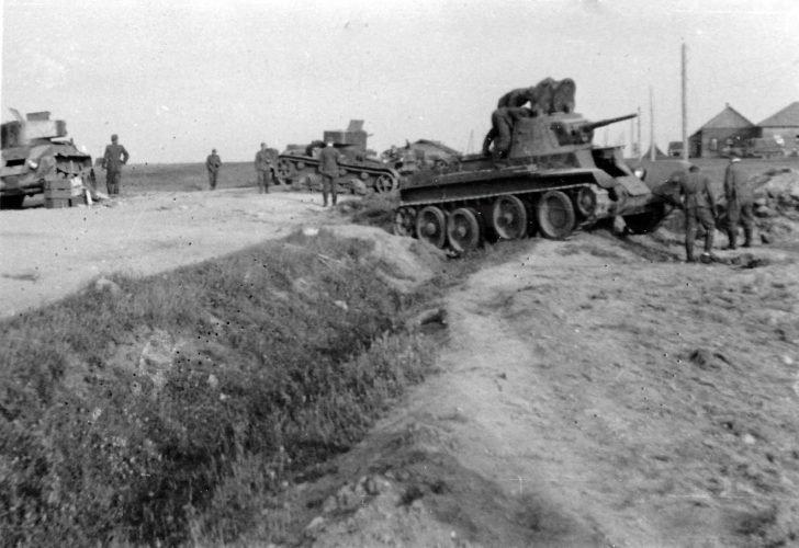 BT-7, BT-5, T-26