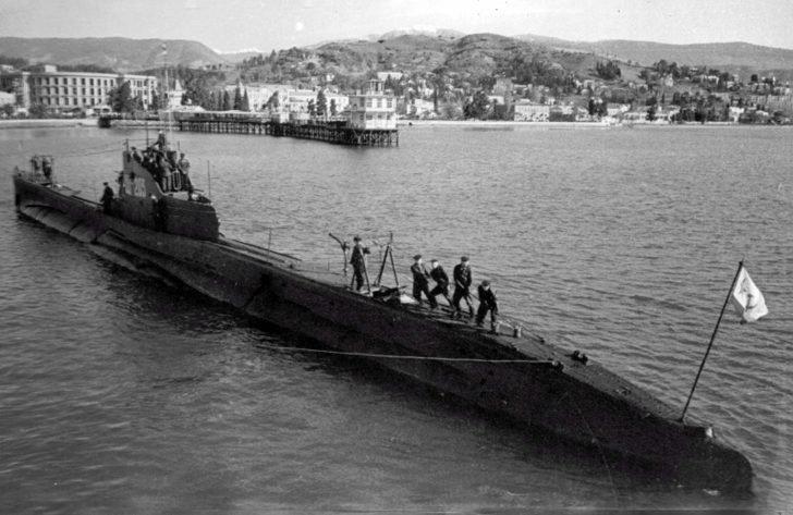 submarine Shch-203