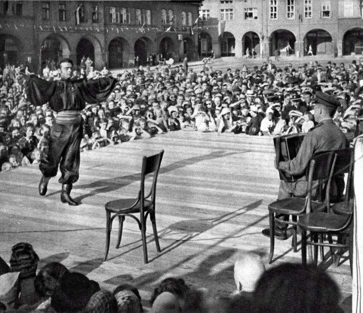 Concert of Soviet soldiers