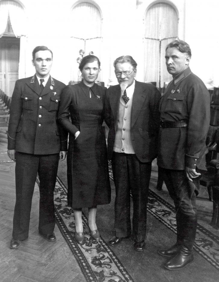 Alexander Yakovlev, Mikhail Kalinin