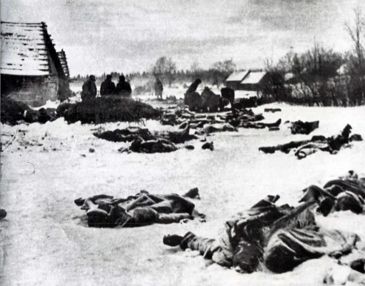 wounded Red Army men