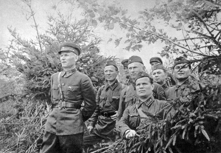 Ivan Konev, Mikhail Sholokhov, Alexander Fadeyev, Yevgeny Petrov
