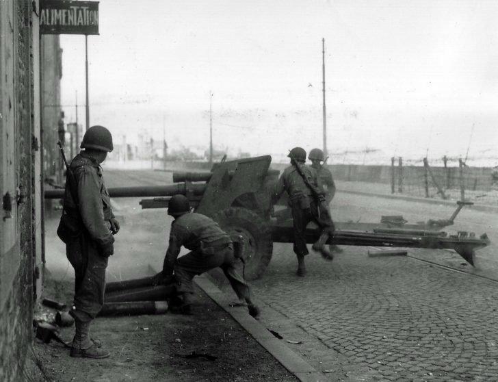 anti-tank gun M5