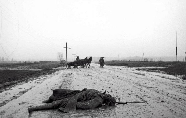 corpse of a Soviet infantryman