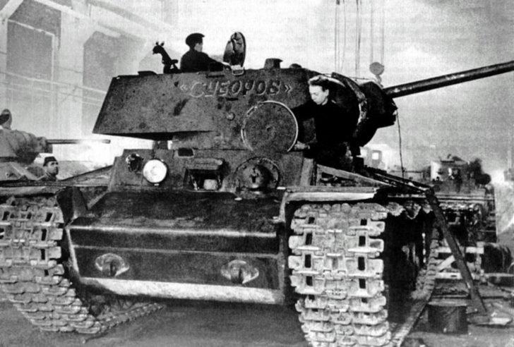 KV-1 Suvorov