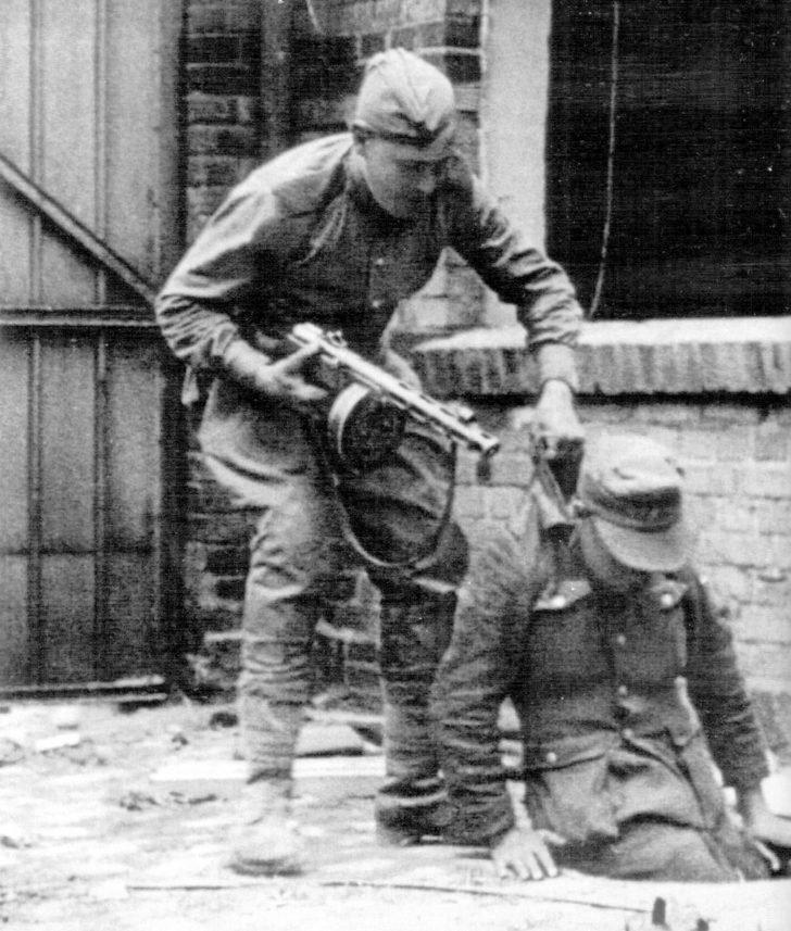 Soviet soldier, German soldier
