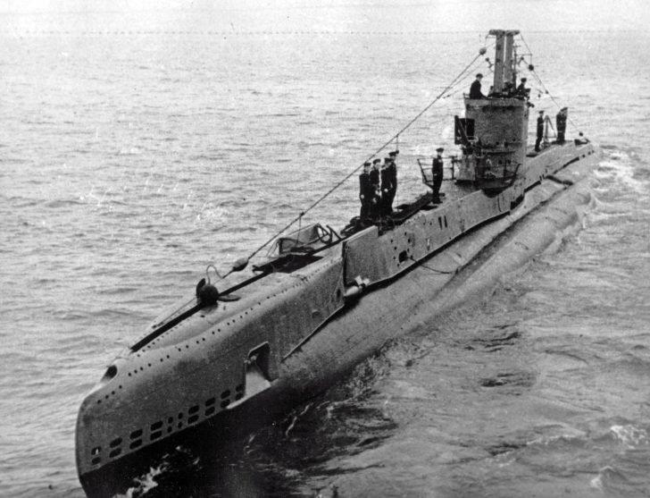 submarine B-1