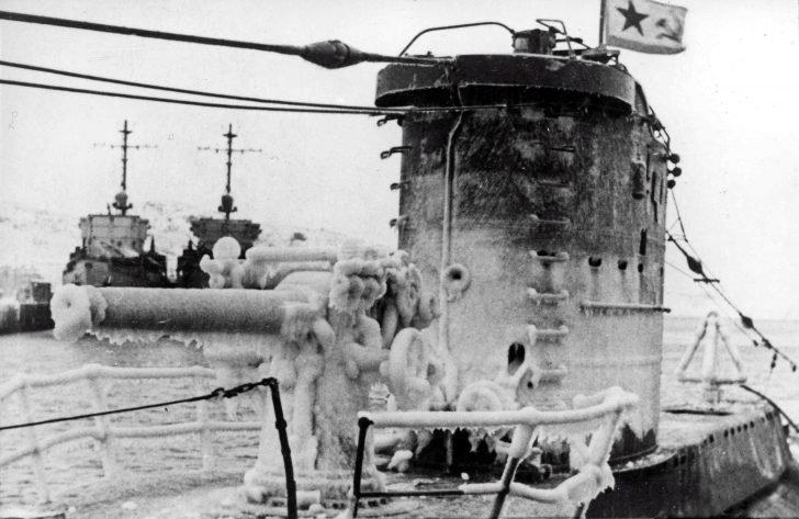 submarine V-3