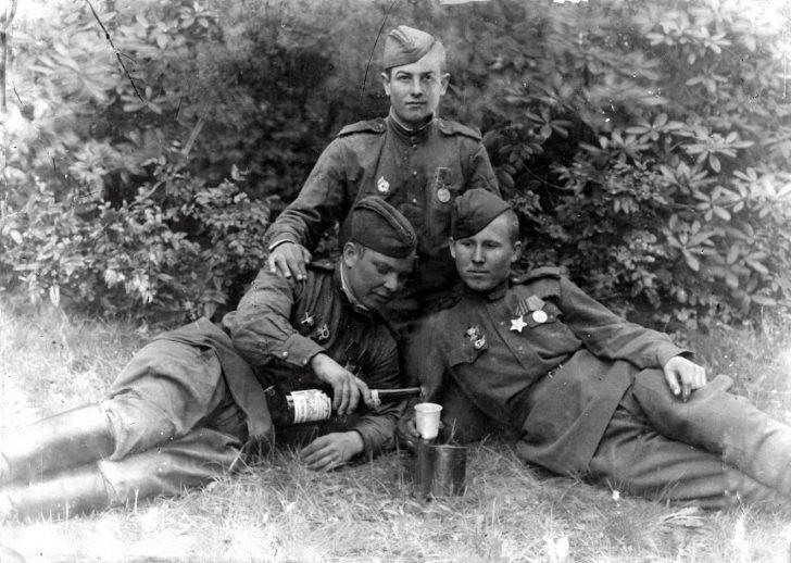 Soviet soldiers drink