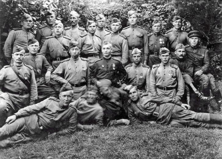 Platoon of Soviet soldiers