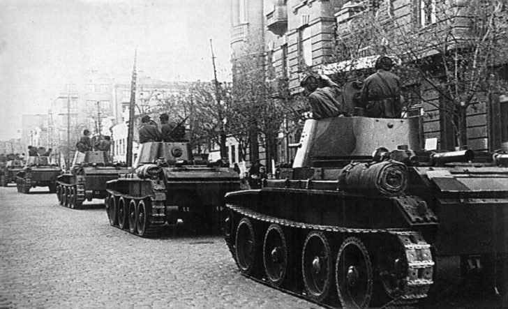 Tanks BT-7