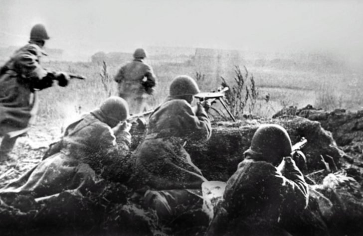 Soldiers of the 62 Army