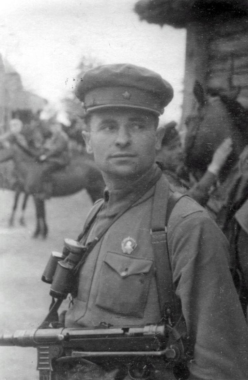 A. Pakhomov