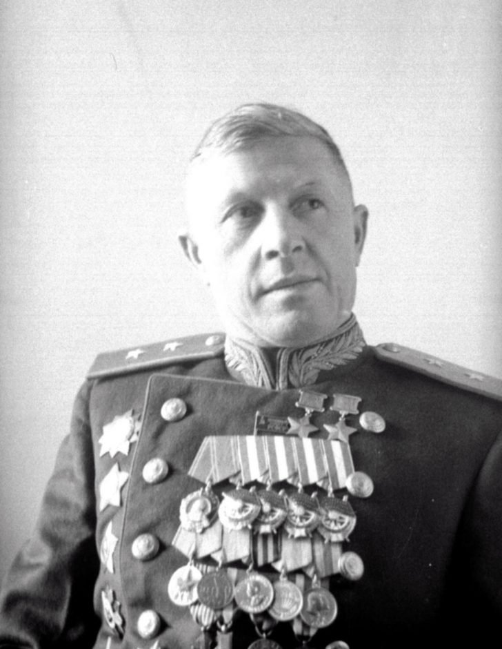 Lieutenant-General Alexander Rodimtsev