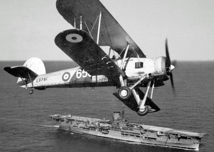 torpedo bomber Fairey Swordfish