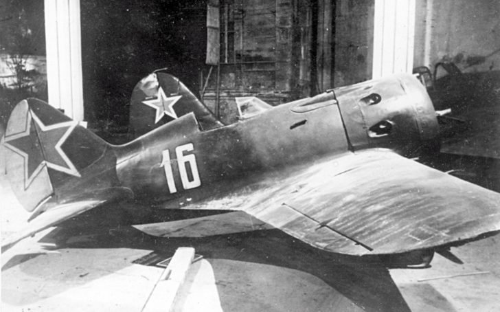 I-16 fighter of the Anatoly Lomakin