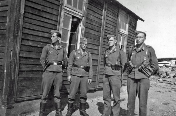 Staff of the German airfield