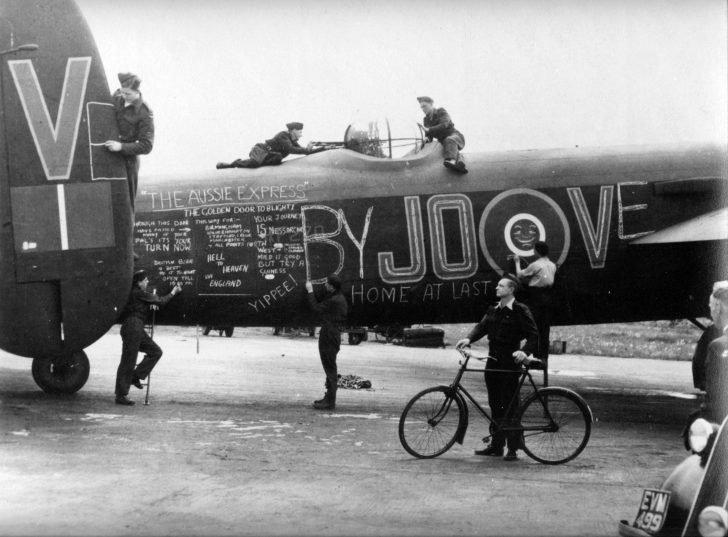 bomber Avro Lancaster
