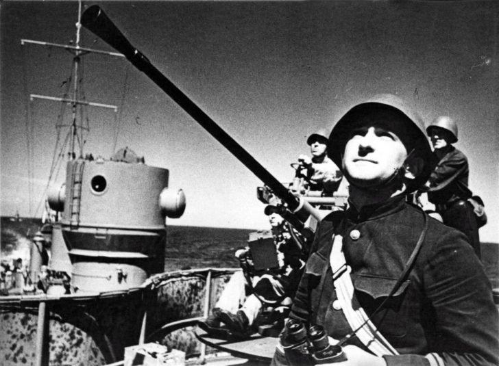 Tashkent leader of the destroyers