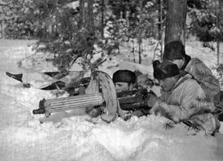 Finnish machine-gunners