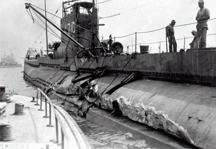 submarine I-70