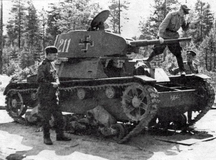 tank HT-133