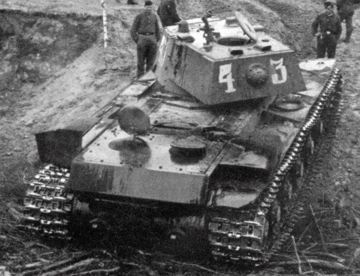 KV-8 flamethrower tank