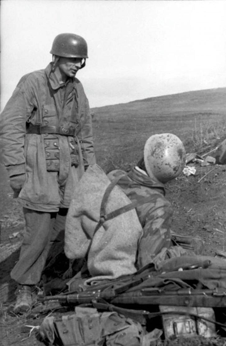 German paratroopers