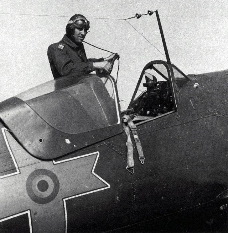 Romanian pilot