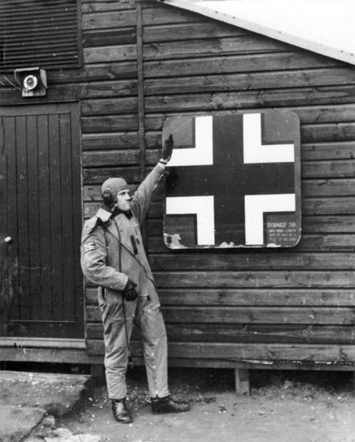 fighter pilot Barrie Heath