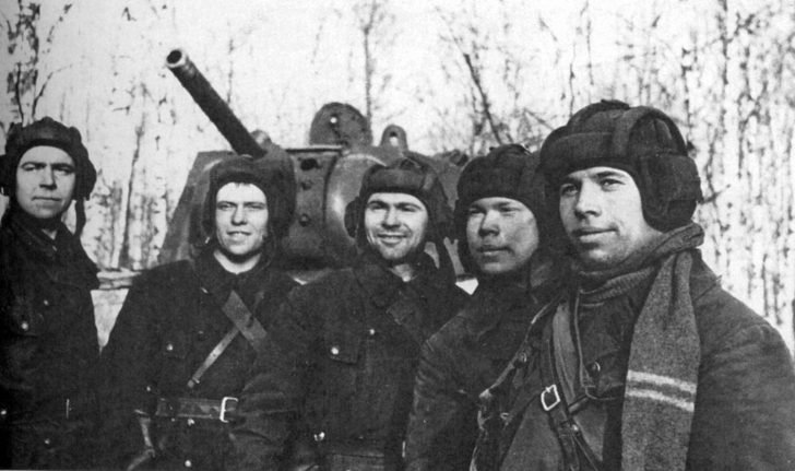 crew of the heavy tank KV-1