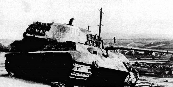 Heavy tank King Tiger