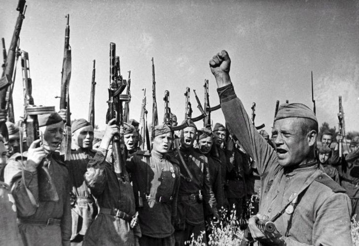 Meeting in the Soviet troops