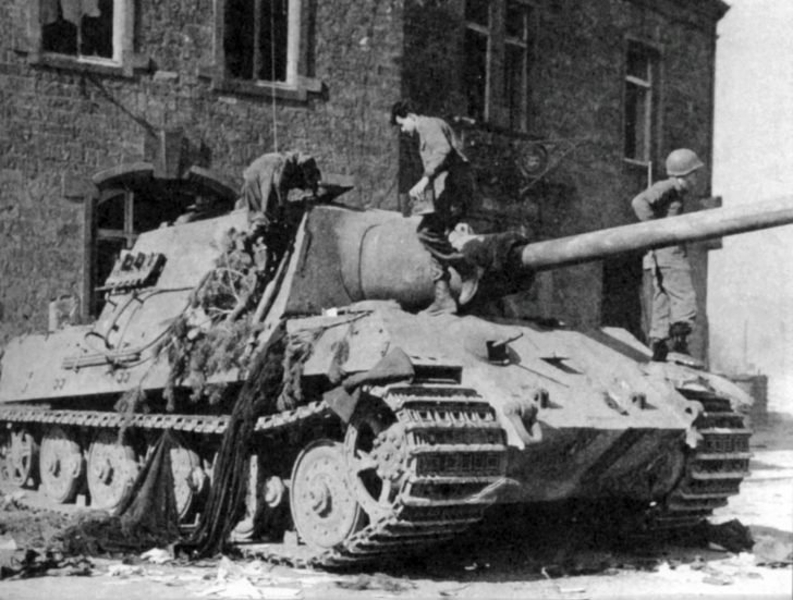 Jagdtiger tank destroyer