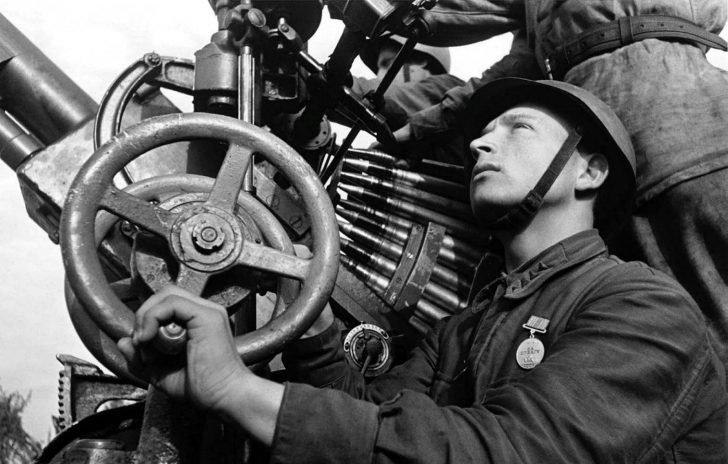 The gunner Kirill Karabanov
