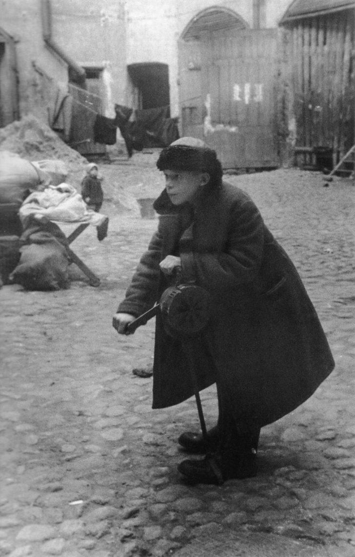 schoolboy Andrei Novikov